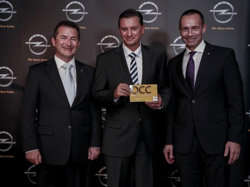 """Feierliche Ehrung der Mitglieder des """"Opel Champions Club 2014"""" in Riga. Autohaus Thiede gewann!"""