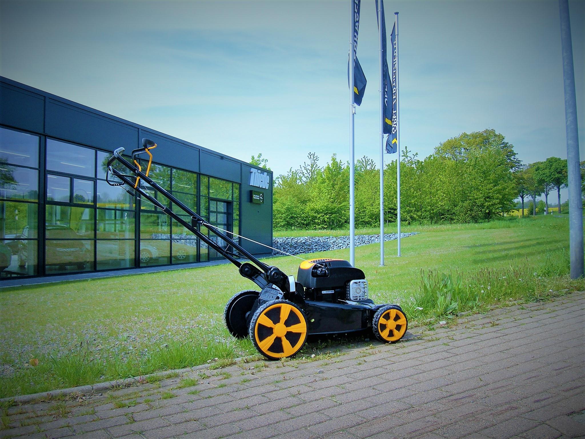 Rasenmäher Am Galgenberg bringt den richtigen Schnitt ins Gras