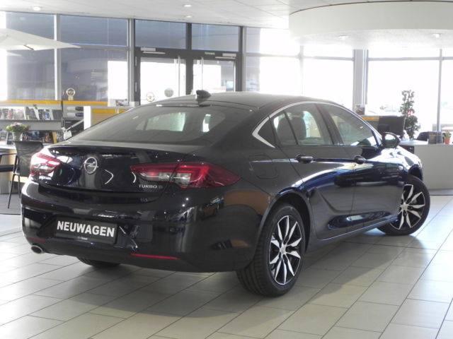 Extraklasse, der neue Opel - Doppelpremiere Insignia 2017 Autohaus Thiede Schöningen