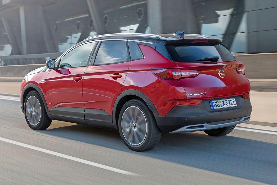 Opel-Grandland-X-Hybrid-4-lightbox-a4fe2ca0-1555675