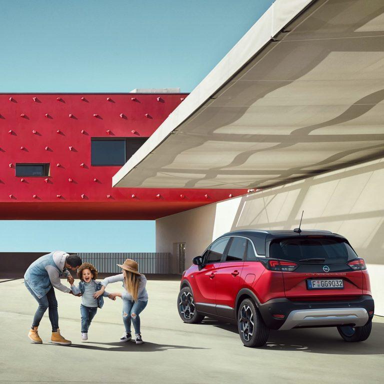 Der neue Opel Crossland facelift 2021. Jetzt Opel Crossland Angebot sichern.